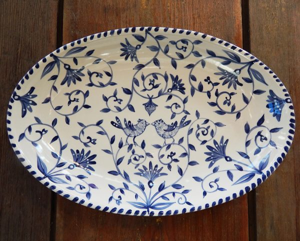 """Delft Blue birds """"Happy.nest"""" Platter has hand painted love birds in a garden with acorns signifying long love."""