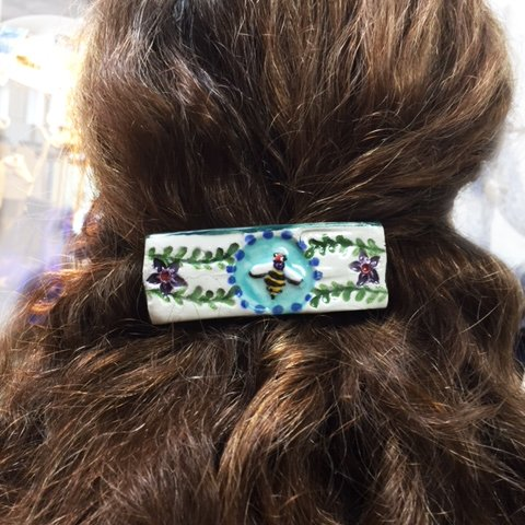 bee french barrette in hair